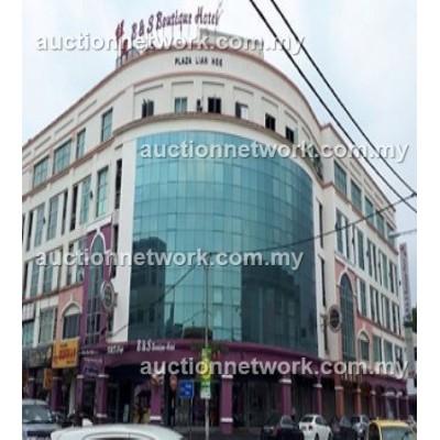 Plaza Lien Hoe, Jalan Abu Bakar, Bandar Penggaram, 83000 Batu Pahat, Johor