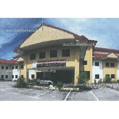 Banding Lakeside Inn, Hotel & Resort, KM 39, Lebuhraya Timur-Barat, Pulau Banding, 33200 Gerik, Perak