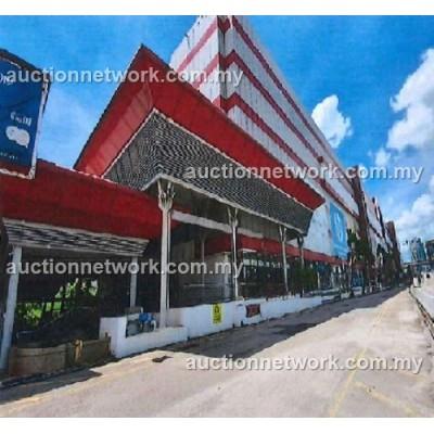 Retail Mall, Danga City Mall,  Jalan Tun Abdul Razak, 80000 Johor Bahru, Johor